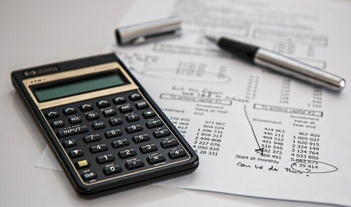 7 dicas para te ajudar a controlar as contas em 2021