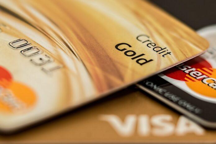 Cartão de crédito Black, Platinum e Gold. Qual a diferença?